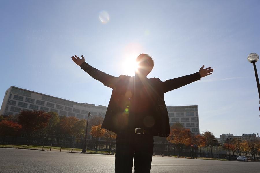 东道董事长解建军受邀参加联合国教科文组织全球文化研讨大会