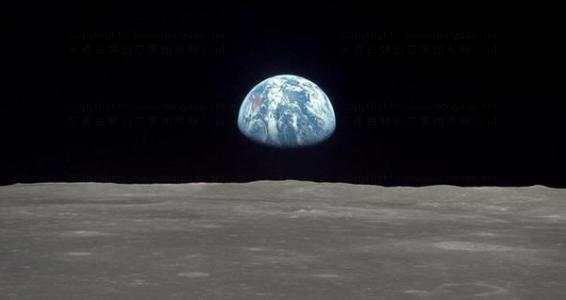 从月球望地球